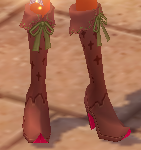 Equipped Eluned Night Witch Boots (M) viewed from an angle