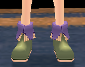 Lymilark Choir Shoes (F) Equipped Front.png